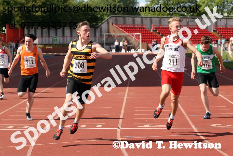 Boys under-15s 200 metres, North Eastern Champs, Gateshead Stadium. Photo: David T. Hewitson/Sports for All Pics