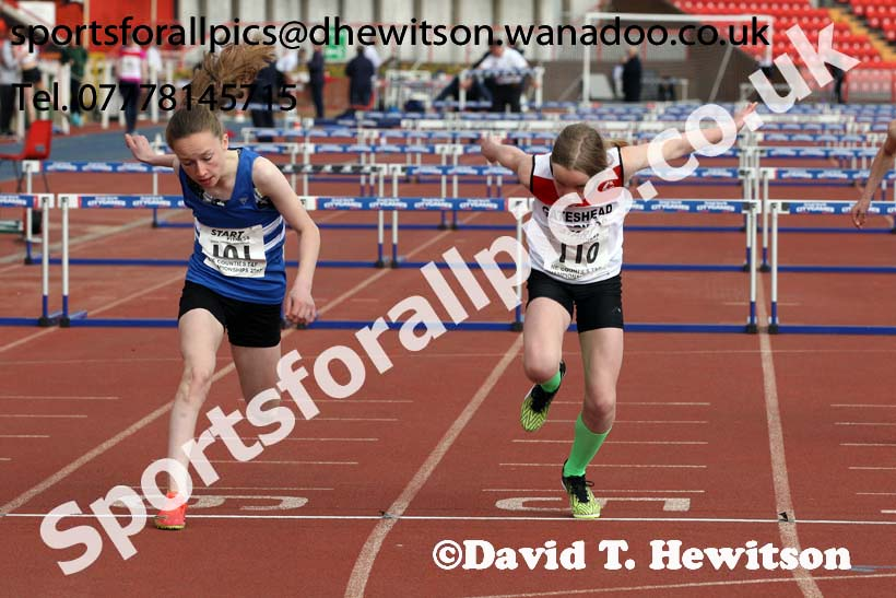 Girls under-13s hurdles, North Eastern Champs, Gateshead Stadium. Photo: David T. Hewitson/Sports for All Pics