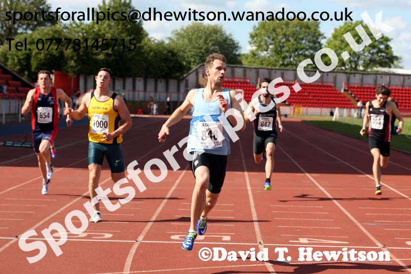 Mens senior 200 metres, North Eastern Champs, Gateshead Stadium. Photo: David T. Hewitson/Sports for All Pics