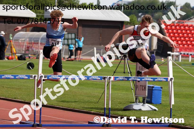 Mens under-17s 400 metres hurdles, North Eastern Champs, Gateshead Stadium. Photo: David T. Hewitson/Sports for All Pics