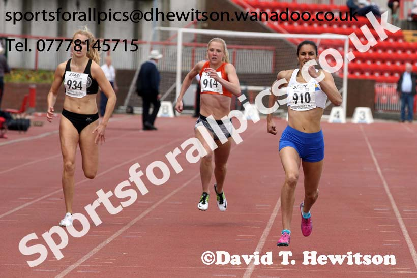 Womens senior 400 metres, North Eastern Champs, Gateshead Stadium. Photo: David T. Hewitson/Sports for All Pics