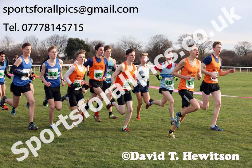 Mens under-20s North Eastern Cross Country, Redcar. Photo:  David T. Hewitson/Sports for All Pics