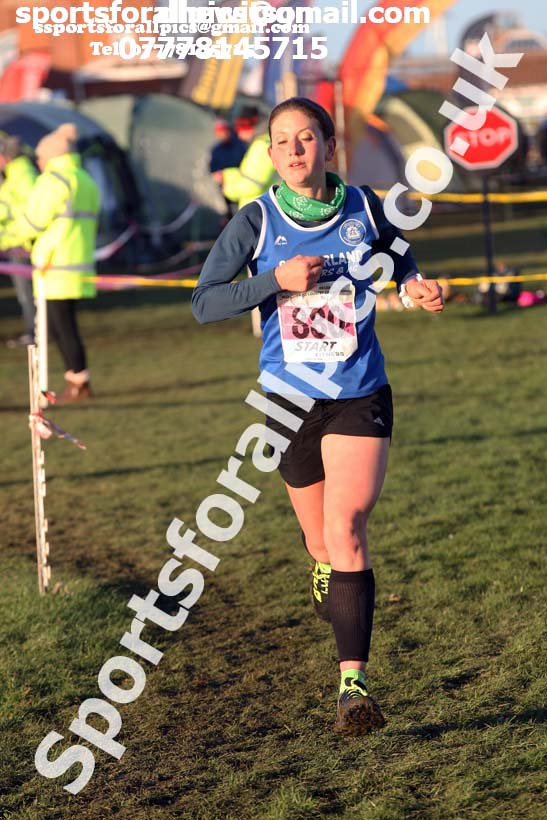 Senior womens North Eastern Cross Country, Redcar. Photo:  David T. Hewitson/Sports for All Pics