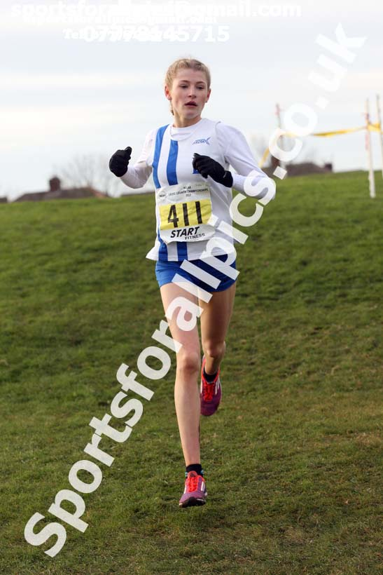 Womens under-17s and under-20s North Eastern Cross Country, Redcar. Photo:  David T. Hewitson/Sports for All Pics