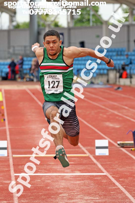 Senior mens triple jump, Northern Senior and Under-20s Champs., SportsCity, Manchester. Photo: David T. Hewitson/Sports for All Pics