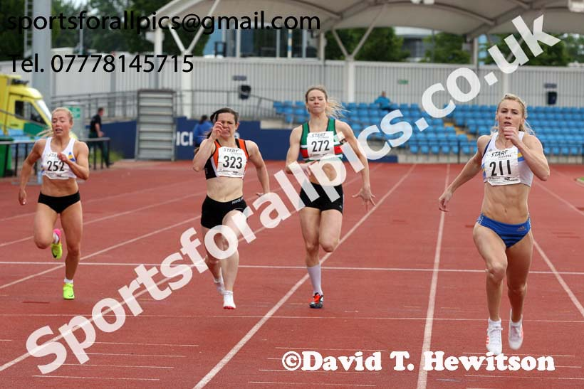 Senior womens 200 metres, Northern Senior and Under-20s Champs., SportsCity, Manchester. Photo: David T. Hewitson/Sports for All Pics