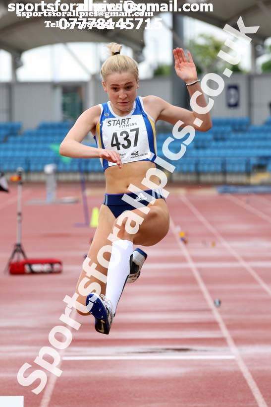 Womens under-20s long jump, Northern Senior and Under-20s Champs., SportsCity, Manchester. Photo: David T. Hewitson/Sports for All Pics