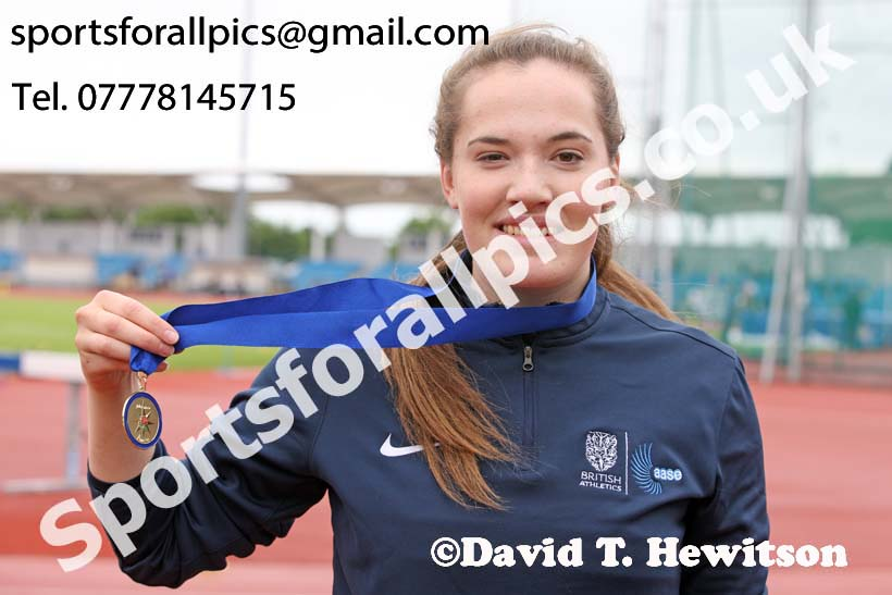 Womens under-20s discus, Northern Senior and Under-20s Champs., SportsCity, Manchester. Photo: David T. Hewitson/Sports for All Pics