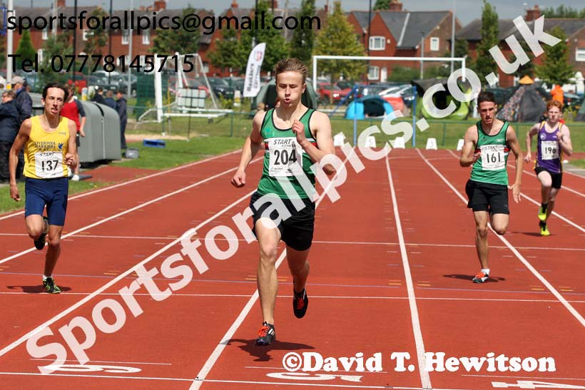 Boys under-15s 300 metres, Northern Under-17s/U-15s and U13s Champs, Leigh Sports Village, Leigh. Photo: David T. Hewitson/Sports for All Pics