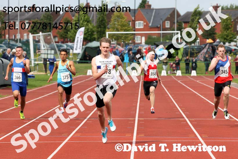 Mens under-17s 200 metres, Northern Under-17s/U-15s and U13s Champs, Leigh Sports Village, Leigh. Photo: David T. Hewitson/Sports for All Pics