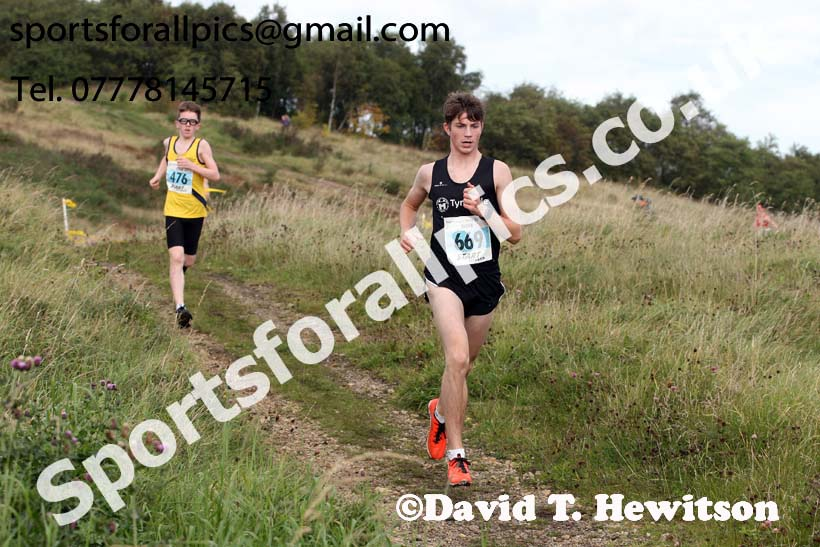 Boys under-15s Start Fitness North Eastern Harriers League, Wrekenton, Gateshead. Photo:  David T. Hewitson/Sports for All Pics