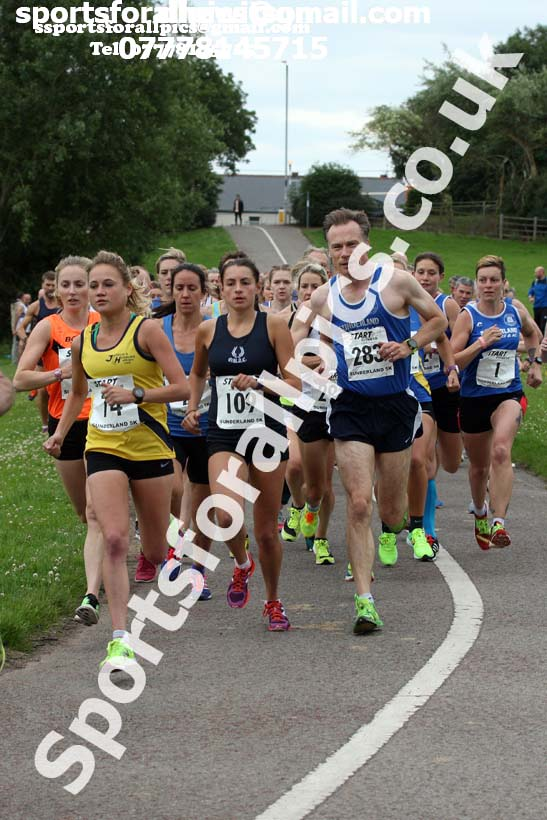 Womens and veterans Sunderland 5k Road Race (Northern and North Eastern Champs). Photo: David T. Hewitson/Sports for All Pics
