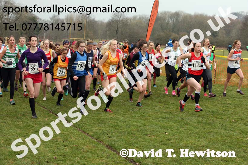 Senior and veteran womens 2018 Durham Cathedral Cross Country Relay. Photo:  David T. Hewitson/Sports for All Pics