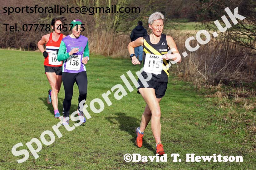 Womens 35s and over and mens 65 and over, 2018 North Eastern Masters, Darlington. Photo: David T. Hewitson/Sports for All Pics
