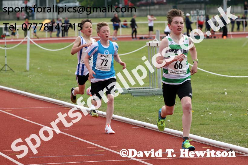 Boys under-13s 1500 metres, North Eastern Track and Fields Champs., Middlesbrough. Photo: David T. Hewitson/Sports for All Pics