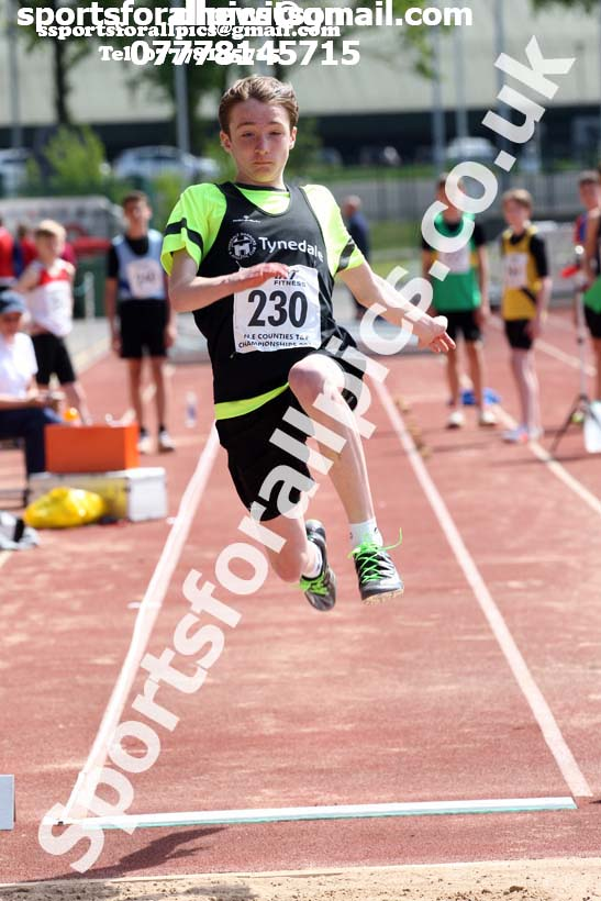 Boys under-15s long jump, North Eastern Track and Fields Champs., Middlesbrough. Photo: David T. Hewitson/Sports for All Pics