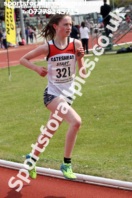 Girls under-15s and womens under-17s 3000 metres, North Eastern Track and Fields Champs., Middlesbrough. Photo: David T. Hewitson/Sports for All Pics