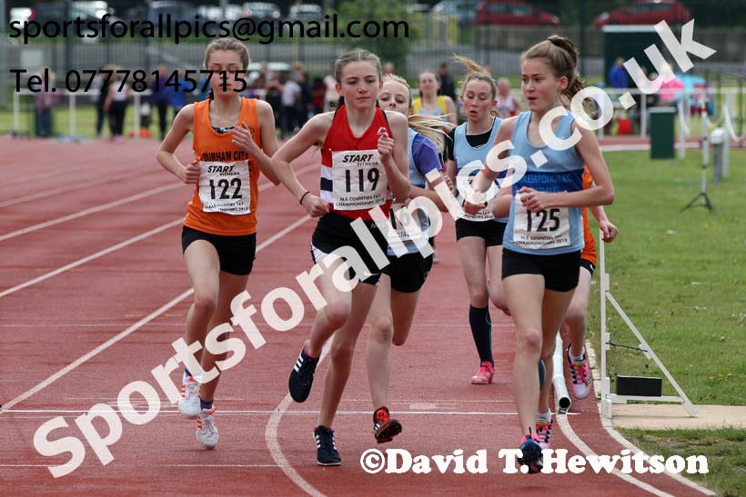 Girls under-13s 1500 metres, North Eastern Track and Fields Champs., Middlesbrough. Photo: David T. Hewitson/Sports for All Pics