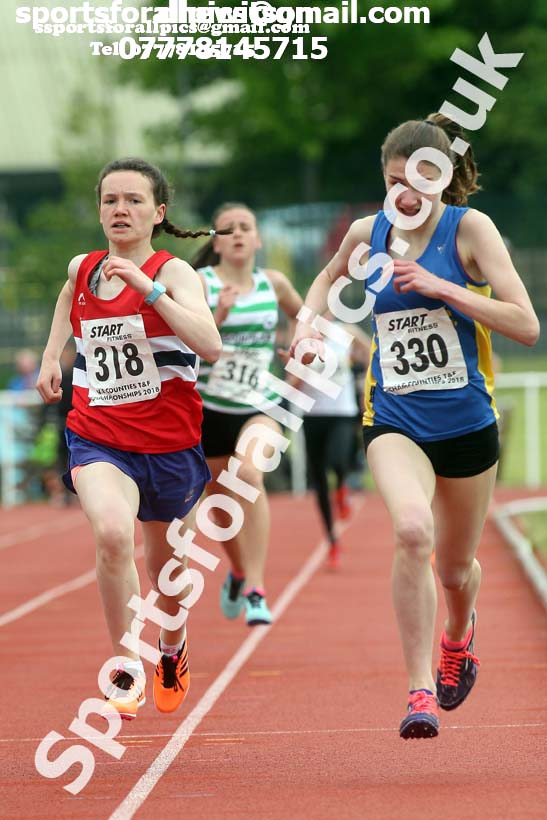Girls under-15s 1500 metres, North Eastern Track and Fields Champs., Middlesbrough. Photo: David T. Hewitson/Sports for All Pics