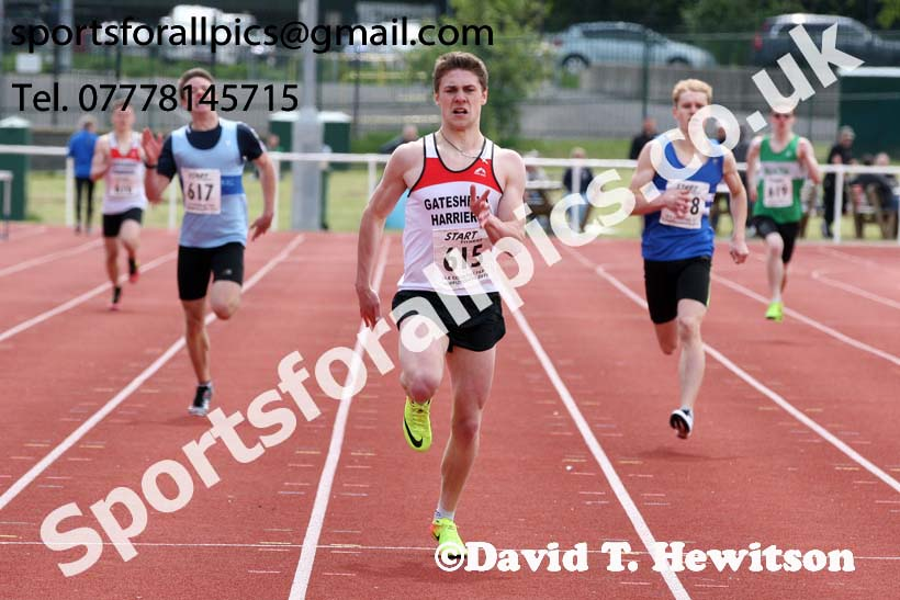 Mens under-20 400 metres, North Eastern Track and Fields Champs., Middlesbrough. Photo: David T. Hewitson/Sports for All Pics