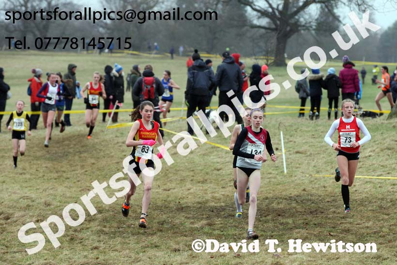 Girls under-15s, 2018 Northern Cross Country Champs., Harewood House, Leeds. Photo: David T. Hewitson/Sports for All Pics