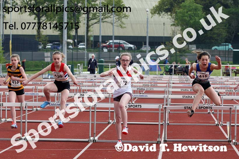 Girls under-13s 70 metres hurdles, 2019 North Eastern Track and Field Champs., Middlesbrough. Photo:  David T. Hewitson/Sports for All Pics