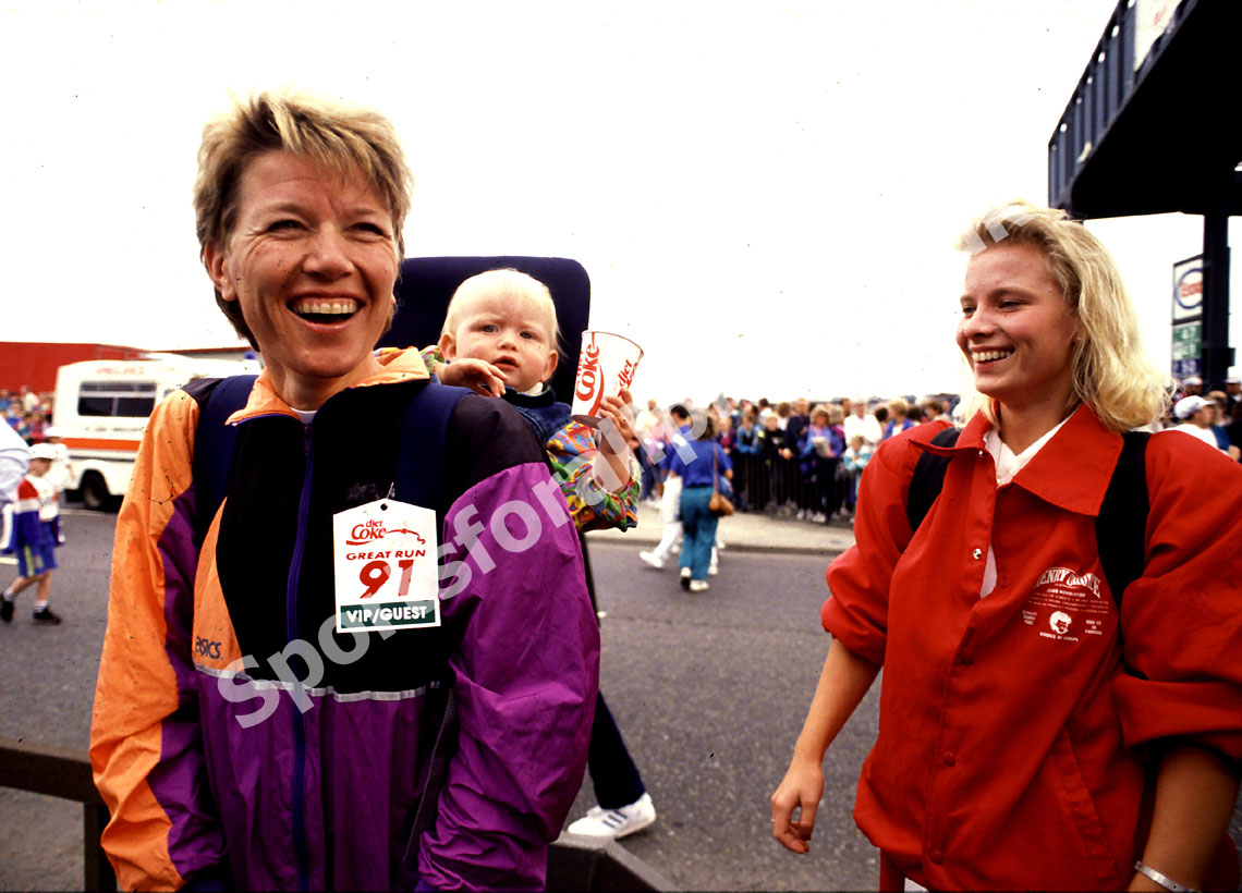 Ingrid Kristiensen with her baby at the 1991 Great North Run
